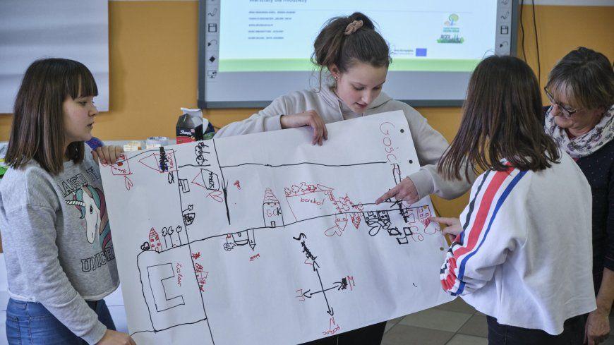 Warsztaty przyszłościowe dla młodzieży w Szkole Podstawowej w Suche Dolnej